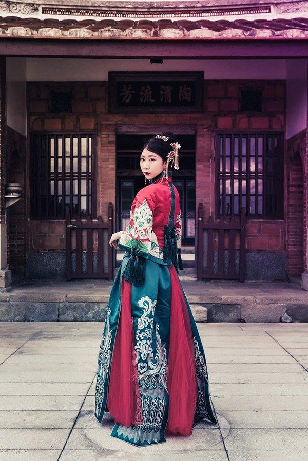 萱昀喜歡拍攝穿古典服裝的通告